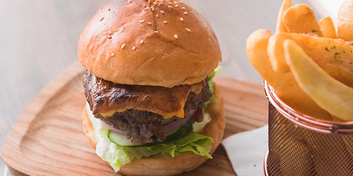 Burger, BRICK LANE Gallery, Tsim Sha Tsui, Hong Kong
