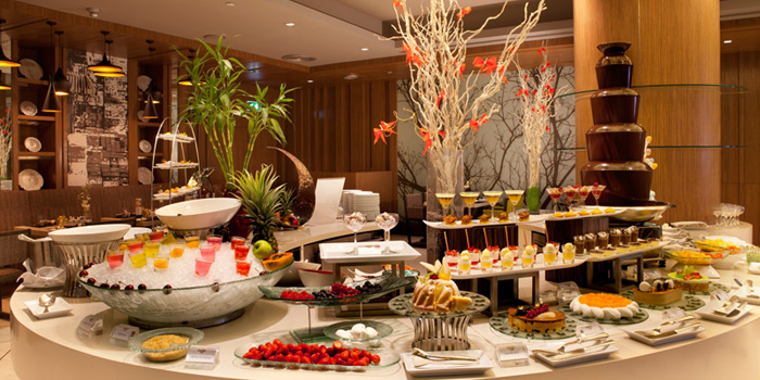 Dessert Station from Chatuchak Cafe at Centara Grand at Central Plaza Ladprao Bangkok, Bangkok