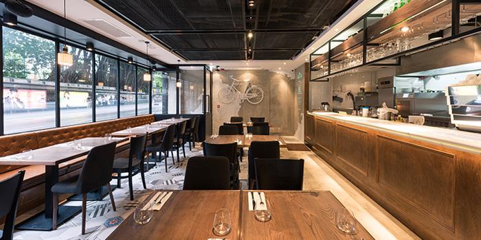 Dining Area, BRICK LANE, Causeway Bay, Hong Kong