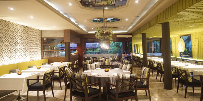Dining Area from Jim Thompson Restaurant and Wine Bar on Rama 1 Road, Bangkok