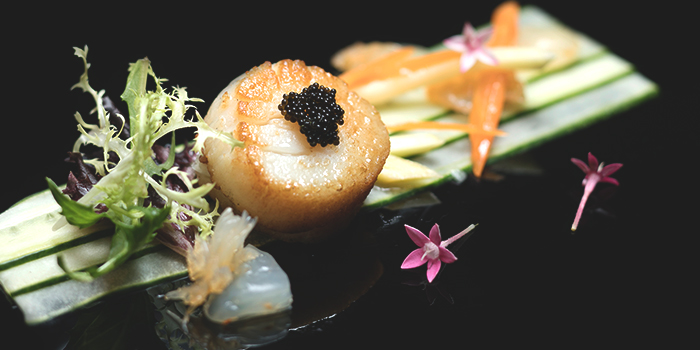 Pan-Seared New Bedford Scallops from Golden Peony in Conrad Centennial Hotel in Promenade, Singapore