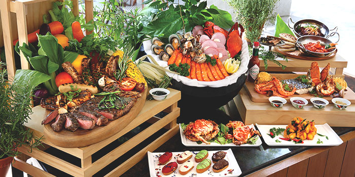 Buffet Spread from Latest Recipe at Le Méridien in Sentosa, Singapore