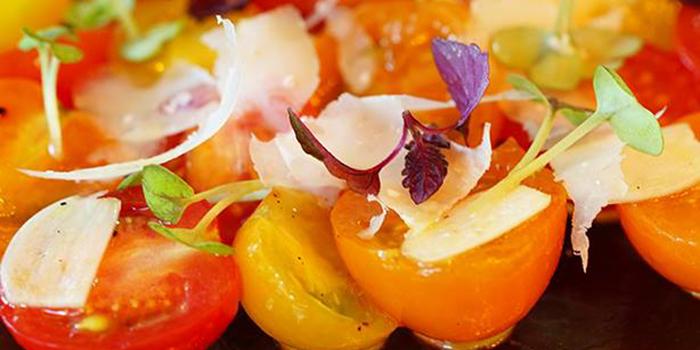 Organic Tomato Combination Salad with Shaved Organic Parmesan, Emporio Antico Exotic Fine Food, Wan Chai, Hong Kong