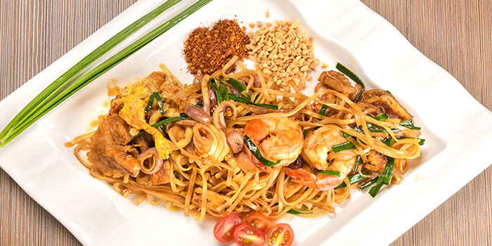 Pad Thai from Thai Wok Restaurant in Orchard, Singapore