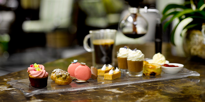 Weekend Afternoon Tea from One-Ninety Bar at Four Seasons Hotel Singapore in Orchard Road, Singapore