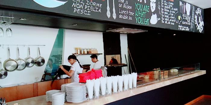 Restaurant Ambiance of Rossovivo Ristorante Italiano E Pizzeria in Rawai, Phuket, Thailand