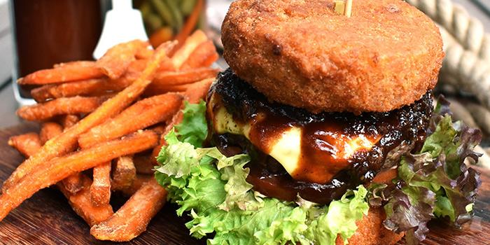 Mac & Cheese Burger from The Beast in Bugis, Singapore