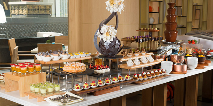 Dessert Buffet from Latest Recipe at Le Méridien Suvarnabhumi, Bangna, Bangkok
