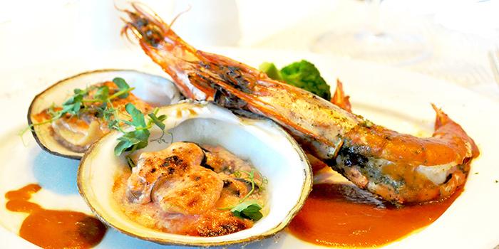 Duo-Cooked Garlic Prawns and Gratin Sea Jumbo Clams from Royale at Mercure Singapore Bugis in Bugis, Singapore