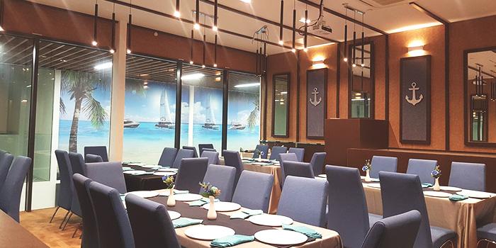 Dining Area of EagleWings Loft at KAP Residences Mall in Bukit Timah, Singapore