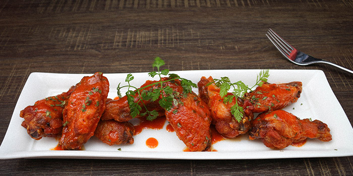 Hot Wings from Fumee by Habanos at Millenia Walk in Promenade, Singapore