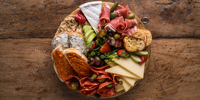 Cheese Platter from Jones the Grocer (Great World City) in Tiong Bahru, Singapore