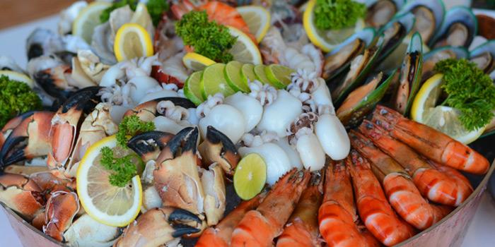 Seafood Buffet from Latest Recipe at Le Méridien Suvarnabhumi, Bangna, Bangkok