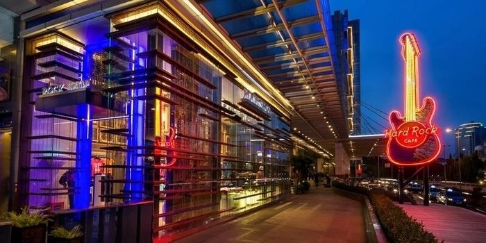 Money Shot at Hard Rock Cafe, Jakarta
