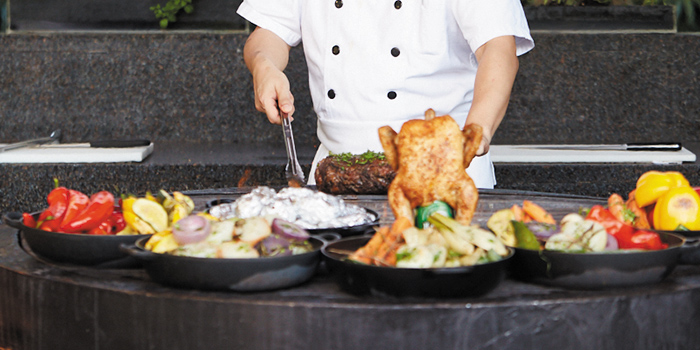 Outdoor Round Grill Station with Chef cooking, The Grill, Wan Chai, Hong Kong
