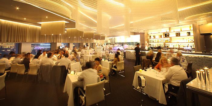 Main Dining Hall of Stellar at 1-Altitude at Raffles Place, Singapore