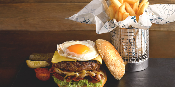 Crusty Aussie Burger from The Best Brew at Sheraton Singapore Riverview in Robertson Quay, Singapore