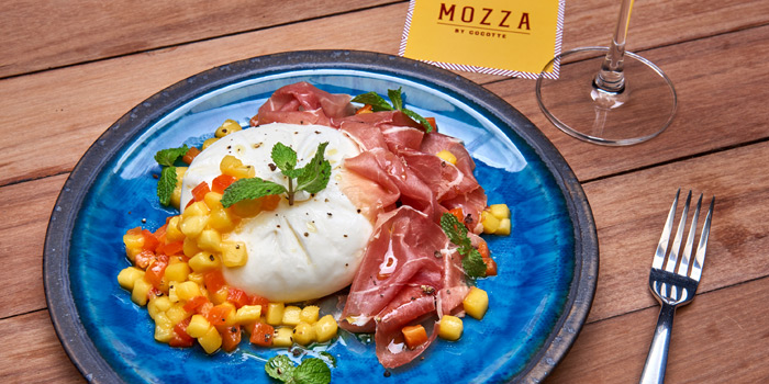 Buratta Mango Bell Pepper from Mozza by Cocotte at EmQuartier Ground Fl., Sukhumvit Road, Klongton, Bangkok