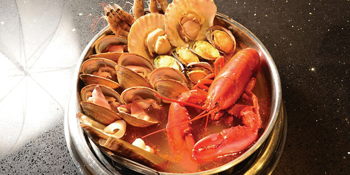 Fresh Lobster with Seafood , Seansin Seafood Hotpot Experts, Causeway Bay, Hong Kong