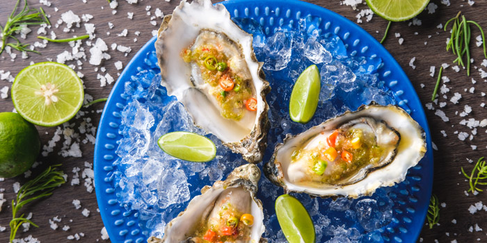 Fresh Oysters from Kinkao at Central World 4,4/1-4/2 4/4 Ratchadamri Rd Pathumwan Bangkok