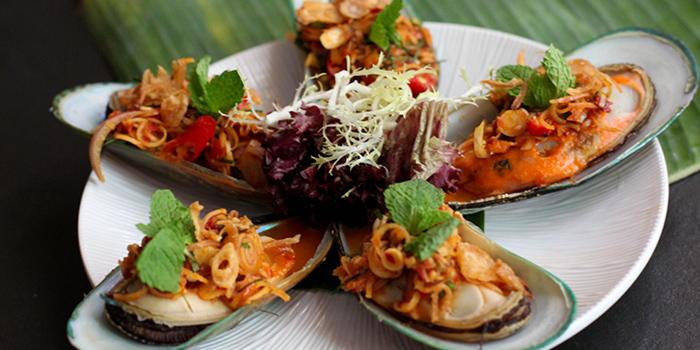Mussel Salad, Krua Walaiphan, Sai Ying Pun, Hong Kong