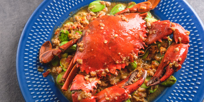 Southern Style Stir Fried Crab from Kinkao at Central World 4,4/1-4/2 4/4 Ratchadamri Rd Pathumwan Bangkok