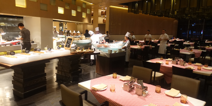 The Dining Area from 57th Street at JW Marriott Hotel Sukhumvit 57 Klongtan Nua Wattana Bangkok