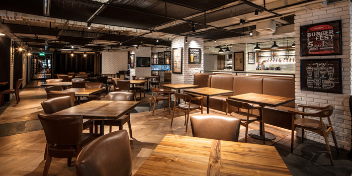 The Dining Area from Beer Republic at 971 Phloen Chit Rd, Lumphini Pathumwan, Bangkok