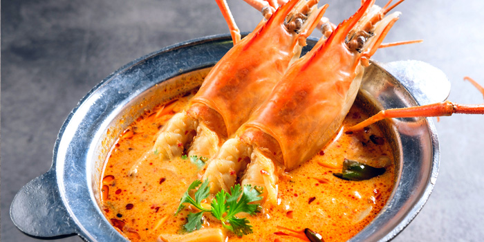 Tom Yum Goong  from Kinkao at Central World 4,4/1-4/2 4/4 Ratchadamri Rd Pathumwan Bangkok
