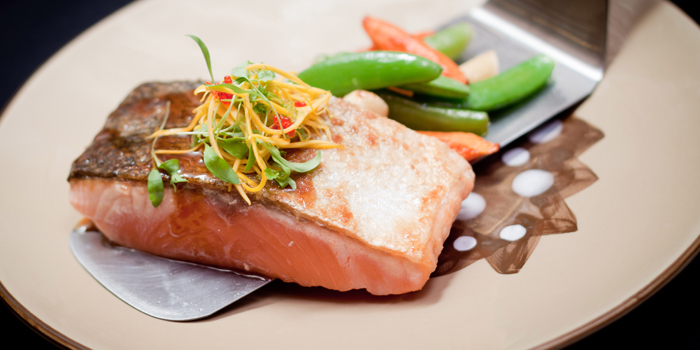 Atlantic Salmon from Benihana at Anantara Riverside Bangkok Resort 257/1-2 Thonburi, Bangkok