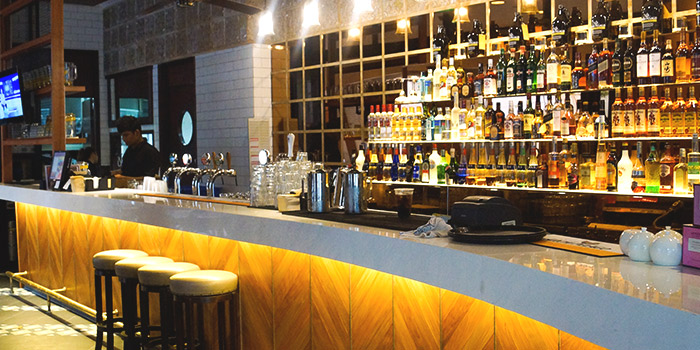 Bar of Barossa Gastrobar (Esplanade) at Esplanade Mall in Promenade, Singapore