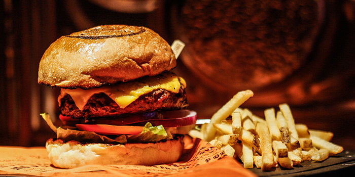 Cheese Burger, Cali-Mex Bar and Grill, Sai Ying Pun, Hong Kong