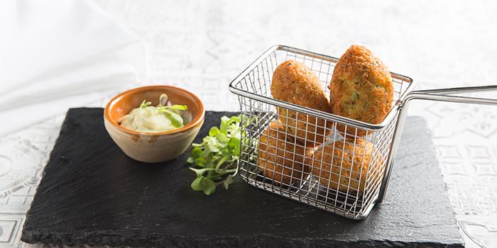 Codfish cakes with parsley & garlic mayonnaise, Casa Lisboa Gastronomia Portuguesa, Central, Hong Kong
