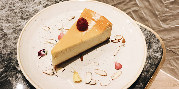 Cheesecake from Common Man Stan in Raffles Place, Singapore