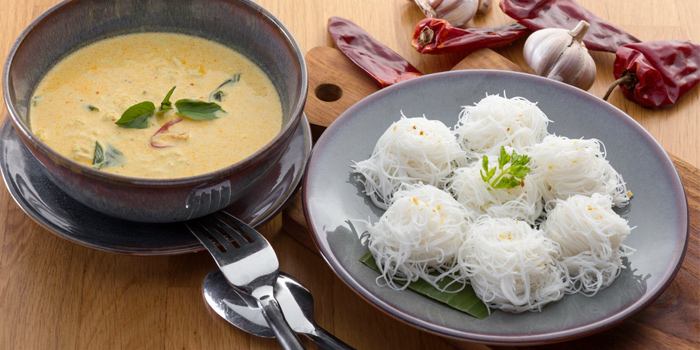 Crab Curry with White Noodle from Twilight Sky at The SIS Kata, Phuket, Thailand