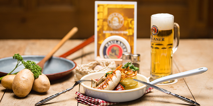 Mixed Sausages from Paulaner Bräuhaus at Millenia Walk in Promenade, Singapore