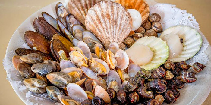 Shellfish Assortment from Tekong Seafood Restaurant at Changi Village in Changi, Singapore