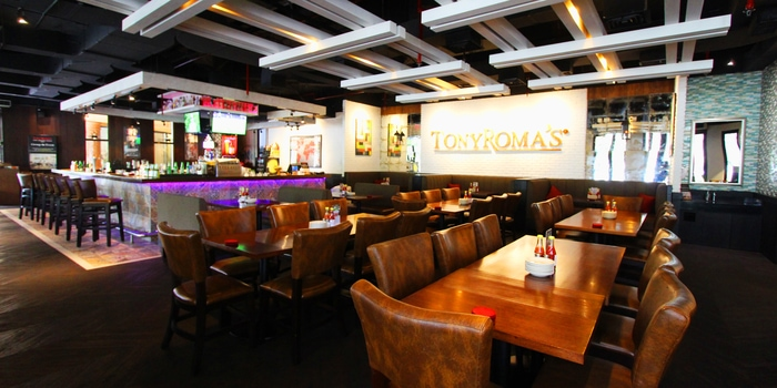 Interior 1 at Tony Roma