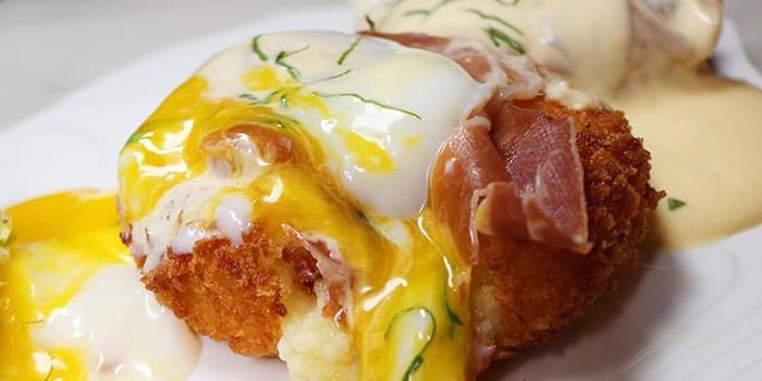Egg Benedict, Dose Restaurant and Bar, Central, Hong Kong