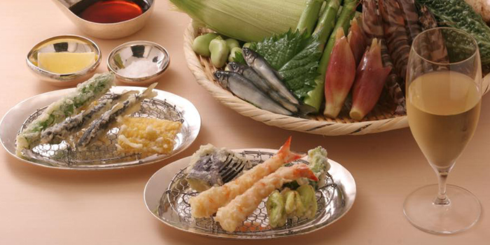 Food Spread from Ippoh Tempura Bar in Dempsey, Singapore
