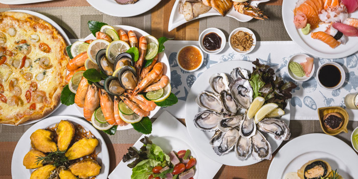Seafood Selection from Feast at Royal Orchid Sheraton Hotel & Towers, Bangkok