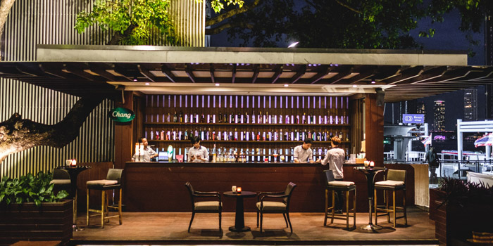 The Bar of Riverside Grill at Royal Orchid Sheraton Hotel & Towers, Bangkok