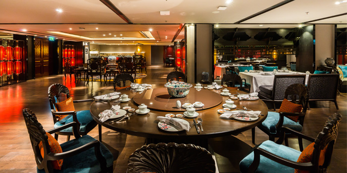 Dining Area of The Pagoda at Marriott Marquis Queen