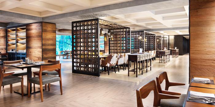 Ambience of Goji Kitchen & Bar at Marriott Marquis Queen