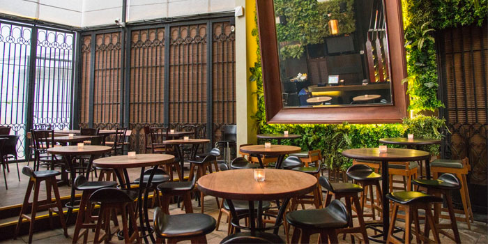 Interior of Alley Bar at Peranakan Place in Orchard, Singapore