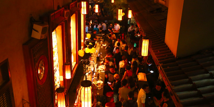 Overview of Alley Bar at Peranakan Place in Orchard, Singapore