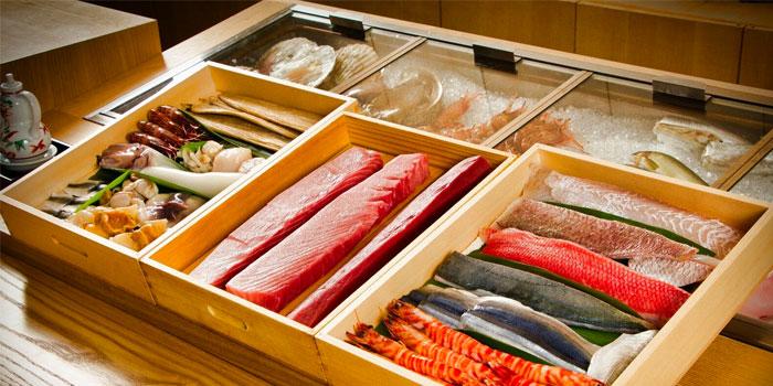 Seafood Selection from Sushi Jiro at Marina Mandarin in City Hall, Singapore