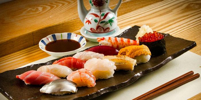 Sushi Platter from Sushi Jiro at Marina Mandarin in City Hall, Singapore