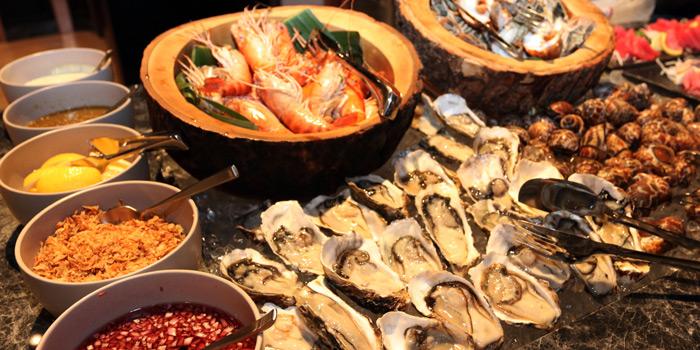 Seafood Station from Praya Kitchen at Marriott Bangkok Hotel The Surawongse Surawong Road, Si Phraya Bangrak, Bangkok