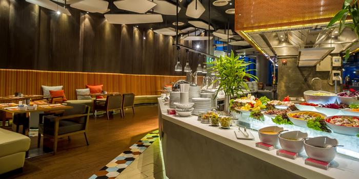 The Buffet Station from Crave Wine Bar & Restaurant at Aloft Bangkok 35 Sukhumvit Soi 11, Klongtoey-nua Wattana, Bangkok